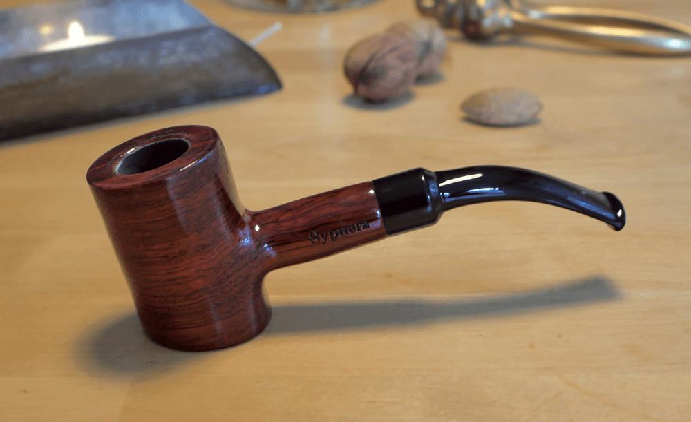 Read more about the article Ako fajčiť fajku namiesto cigariet?