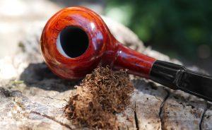Read more about the article Plnenie fajky – Ako ju správne naplniť?